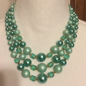 Vintage green beaded necklace and earrings